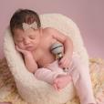 Roberta Rodrigues deu à luz Linda Flor no dia 16 de fevereiro de 2017