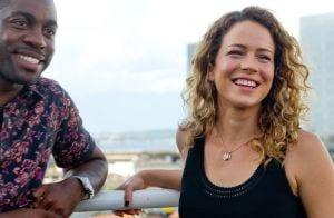 Leandra Leal se realiza como mãe após chegada da filha, Julia: 'Ela me adotou'
