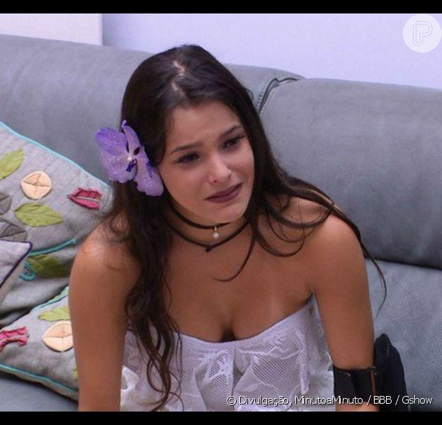 No 'BBB17',Emilly pergunta por Marcos no último dia do reality show:'Ti, vai vir todo mundo aqui na final?'