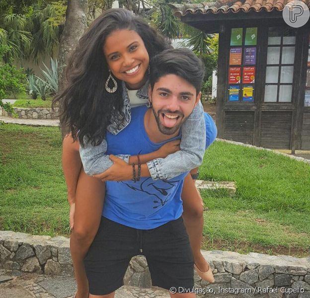 Aline Dias contou que o namorado, Rafael Cupello, se assustou ao saber de sua gravidez