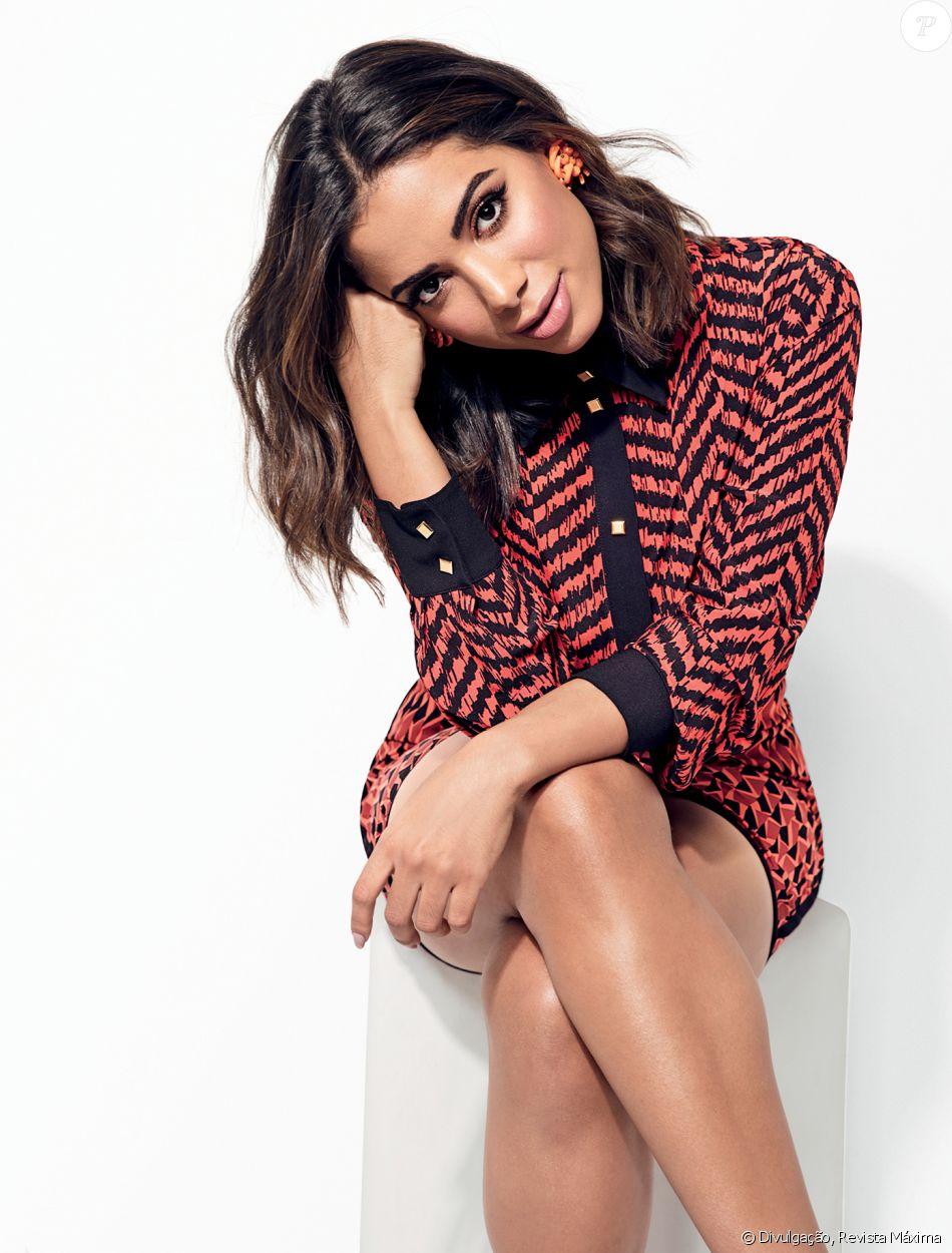 4450c270d Anitta reativou sua loja virtual em site de compras e vendas nesta  quarta-feira,
