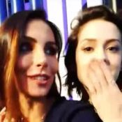 Grávida, Mel Fronckowiak reencontra Sophia Abrahão em evento: 'Finalmente'