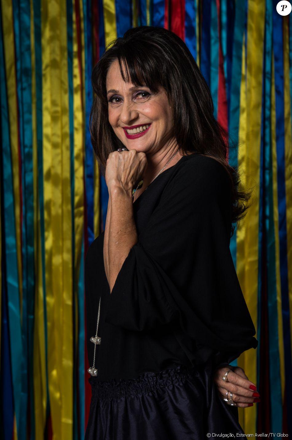 Zezé Polessa pediu e assumiu o lugar de Yana Sardenberg em cenas de flashback na novela 'A Força do Querer', segundo a coluna 'Telinha', do jornal 'Extra', nesta terça-feira, 18de abril de 2017