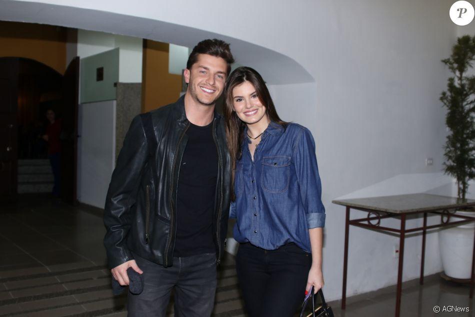 Klebber Toledo tem planos de casamento com Camila Queiroz: 'No seu tempo'