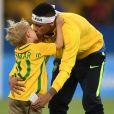 Neymar é sempre clicado em momentos fofos com o filho, Davi Lucca