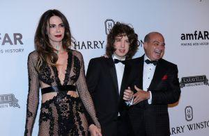 Luciana Gimenez leva o filho Lucas Jagger e marido em baile de gala. Fotos!