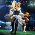 Xuxa Meneghel cantou seus maiores sucessos como 'Ilariê', 'Arco-íris', 'Brincar de Índio', 'Amiguinha Xuxa', 'Planeta Xuxa', 'Lua de Cristal', entre outros