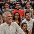 Pedro Bial recebe votos de sucesso de Fábio Porchat em entrevista por telefone