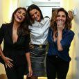 A modelo e atriz Fernanda Motta posa com Giovanna Antonelli e Juliana Paes em evento da marca Dudalina