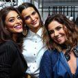 Juliana Paes e Giovanna Antonelli apostaram em looks sexys para o evento da marca Dudalina