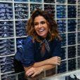 Giovanna Antonelli se diverte em lançamento da marca Dudalina em São Paulo