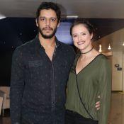 Agatha Moreira e o namorado, Pedro Lamin, prestigiam espetáculo de circo. Fotos