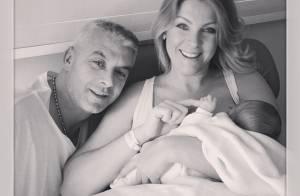 Ana Hickmann deixa o hospital com o filho, Alexandre: 'Família urso completa'