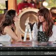Marina (Tainá Müller) abre o jogo e admite para Clara (Giovanna Antonelli) que a ama, na novela 'Em Família'