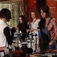 Clara (Giovanna Antonelli) pede demissão do estúdio de Marina (Tainá Müller) e diz que é melhor que elas se afastem, na novela 'Em Família', em 20 de março de 2014