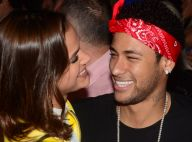 Bruna Marquezine, depois de NY, almoça com Neymar em Barcelona