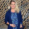Karina Bacchi, grávida, revelou que recebe cantadas
