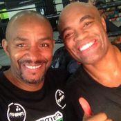 Anderson Silva treina boxe no Rio de Janeiro para aquecer volta ao octógono