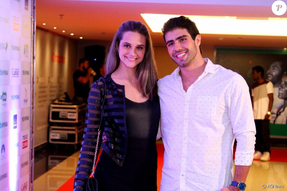 Juliano Laham surpreendeu Juliana Paiva ao comemorar o primeiro ano de namoro: 'Te amo'