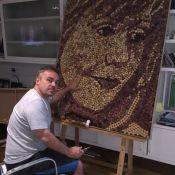 Gugu Liberato faz quadros com rolhas de vinho: 'Ensinar a não jogar fora'. Fotos