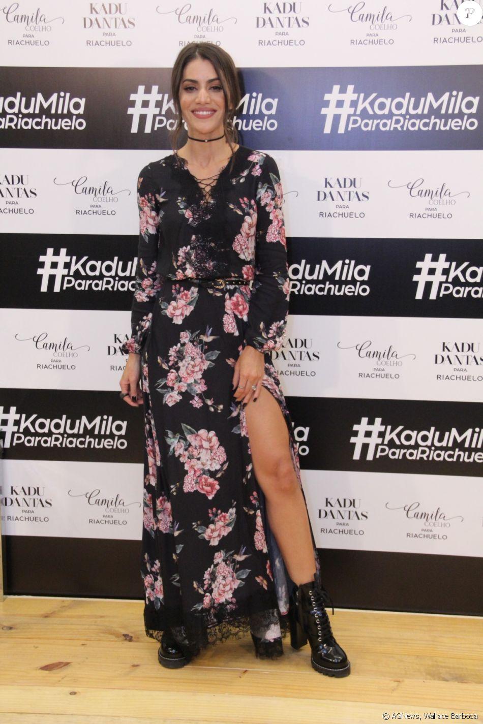 b8b3ebd04b0328 Camila Coelho estreou como estilista para a loja Riachuelo nesta  quarta-feira, dia 17