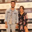 Camila Coelho e Kadu Dantas lançaram as coleções feminina e masculina da loja Riachuelo, nomeada 'KaduMila'
