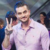 Marcos Harter arremata R$ 350 mil em leilão com abadá usado no 'BBB17'
