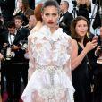 Sara Sampaio usou um vestido assinado pelo estilista Francesco Scognamiglio no Festival de Cannes