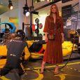 Marina Ruy Barbosa, em Paris, usou vestido  da grife Gig Couture que custa R$ 3055