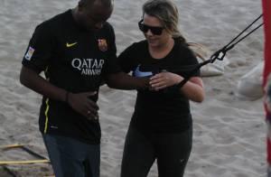 Fernanda Souza e Thiaguinho malham juntos na praia da Barra, no Rio. Fotos