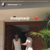 Neymar recebe Sabrina Sato em mansão em Barcelona e é elogiado: 'Cheiroso'