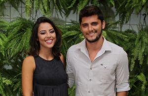 Bruno Gissoni posa com filha, Madalena, no colo e ao lado de Yanna Lavigne:'Nós'