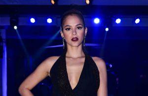 Bruna Marquezine aposta em look com fenda poderosa para evento. Veja fotos!