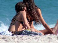 Bruna Linzmeyer troca beijos com a namorada em praia do Rio. Veja fotos!