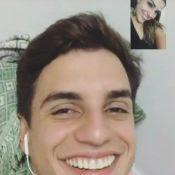 Ex-BBB Vivian, em Manaus, mata saudades de Manoel pela web: 'Vou expor'. Vídeo!