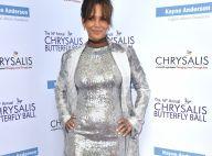 Halle Berry nega gravidez e explica barriga saliente em evento: 'Carne e fritas'