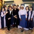 Após a aparição das noviças no 'Programa do Ratinho', o padre Fábio de Melo foi até o colégio Doce Horizonte para conhecê-las