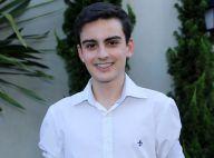 Dudu Camargo, do SBT, explica boatos de ser gay: 'Dava selinhos em reportagens'