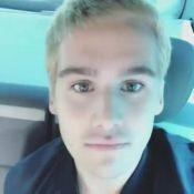 Nicolas Prattes, após adotar cabelo loiro, é comparado a Justin Bieber na web