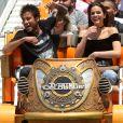 Bruna Marquezine e Neymar foram a parque de diversões e se divertiram em brinquedos radicais em Las Vegas