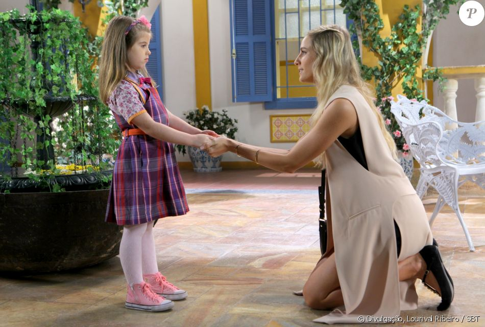 Nicole (Dani Gondim) usa Dulce Maria (Lorena Queiroz) para conseguir se casar com Gustavo (Carlo Porto) o mais rápido possível, no capítulo que vai ao ar sexta-feira, dia 23 de junho de 2017, na novela 'Carinha de Anjo'