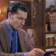 Gustavo (Carlo Porto) fica chocado ao ver o vídeo comprometedor de Nicole (Dani Gondim), no capítulo que vai ao ar terça-feira, dia 27 de junho de 2017, na novela 'Carinha de Anjo'
