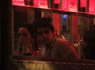 Luan Santana janta com a namorada, Jade Magalhães, e eles evitam os flashes