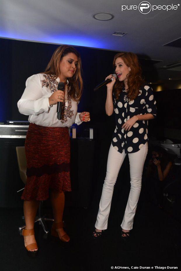 Preta Gil dividiu o palco com Fiuk. Os cantores se apresentaram no SPA Dios, em São Paulo