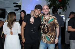 Pedro Scooby recebe Paulo Gustavo no lançamento de seu reality show