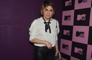 Bárbara Paz e Supla, ex-namorados, vão à festa do canal MTV, em São Paulo