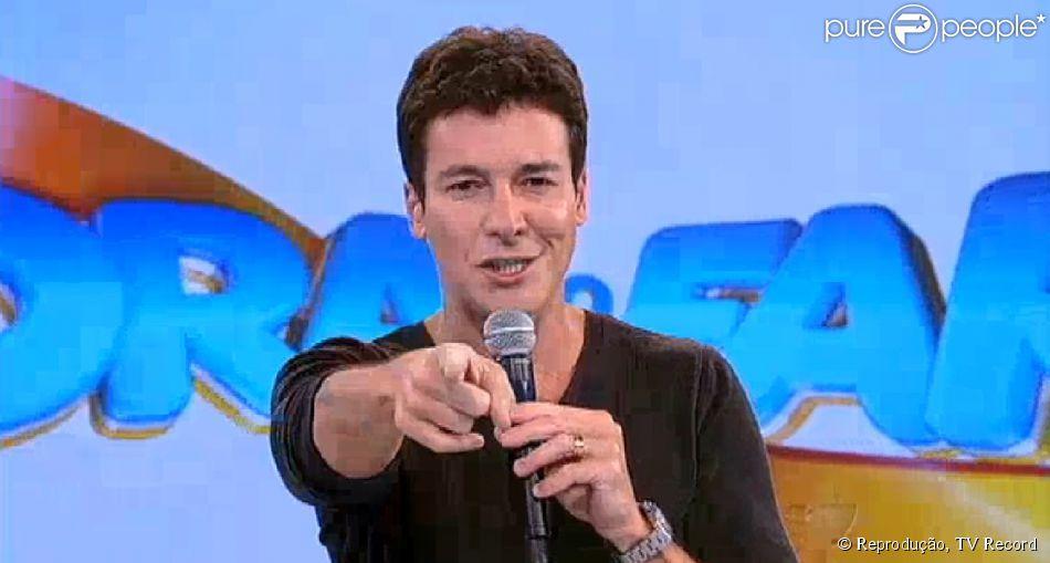 Rodrigo Faro estreia o programa 'A Hora do Faro' e conquista a vice-liderança de domingo (27 de abril de 2014)