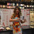 """Elba Ramalho exibe o seu novo álbum, """"Vambora Lá Dançar"""", na Livraria da Travessa, no Rio"""