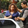 Wanda, vivida por Totia Meirelles em 'Salve Jorge', vai parar na cadeia