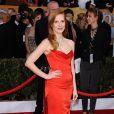 Jessica Chastain escolhe vestido vermelho tomara que caia para a cerimônia do SAG Awards 2013